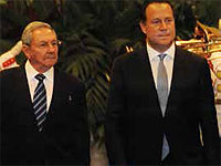 The Panamanian president, Juan Carlos Valera, ratified at the closing of an enterprise forum in Havana his nation's decision to stand alongside Cuba until justice has been attained by the lifting of the economic, financial and commercial blockade imposed for an excess of 50 years on the island by the U.S.