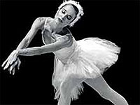 Cuba's National Museum of Dance is exhibiting several documents and items related to the legendary Russian dancer Ana Pavlova on the occasion of the 100th anniversary of her debut on the island.