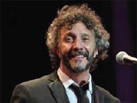 During an unforgettable reencounter with his Cuban fans, the Argentinean singer songwriter, Fito Páez, once again opened his heart to Havana, a city to which he is eternally grateful to for the affection shown toward him since 1987, when he first discovered the charms of the old town.