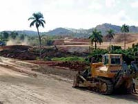 Public Funds and businesses with foreign companies characterize the development of mining activities in Cuba for prospecting led, zinc, gold, calcium carbonate and other important minerals for export and local consumption.